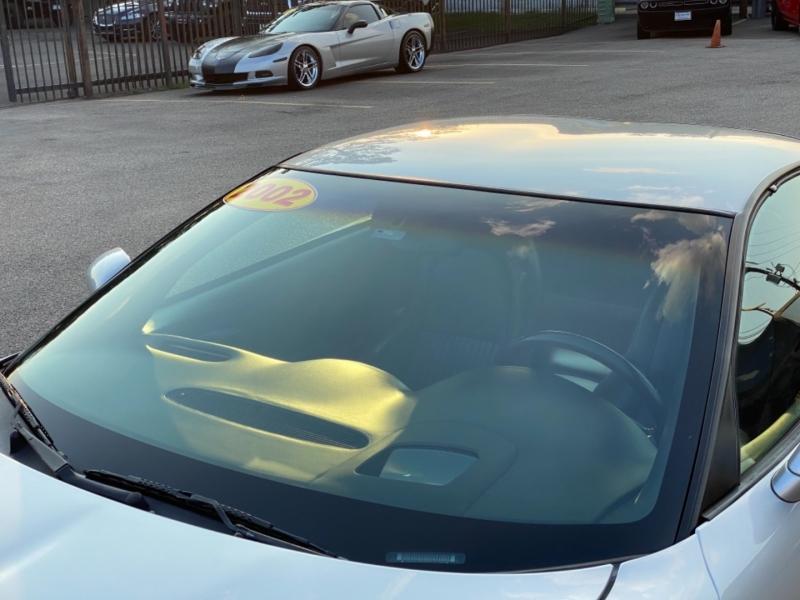 Chevrolet Corvette 2002 price $26,890