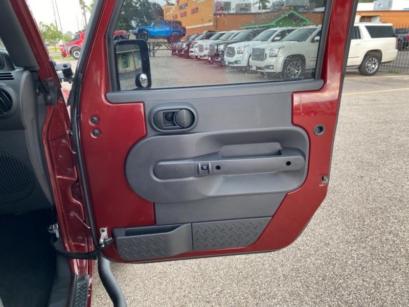 Jeep Wrangler Unlimited 2010 price $24,699