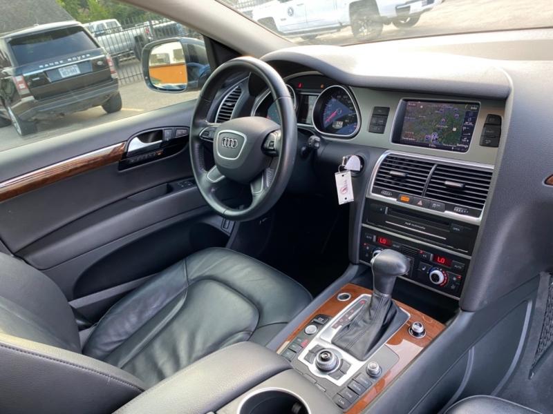 Audi Q7 2015 price $18,890