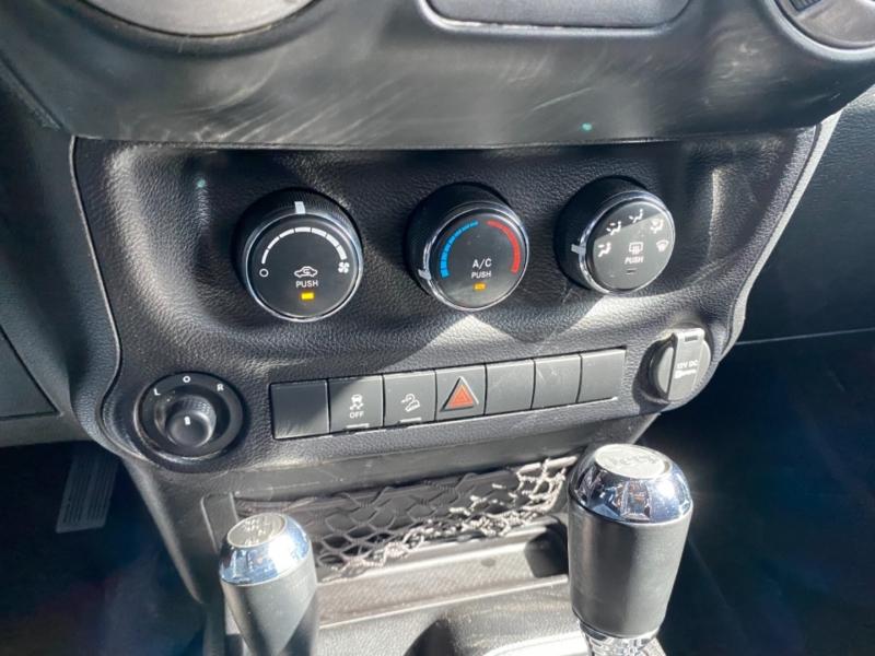 Jeep Wrangler Unlimited 2013 price $28,890