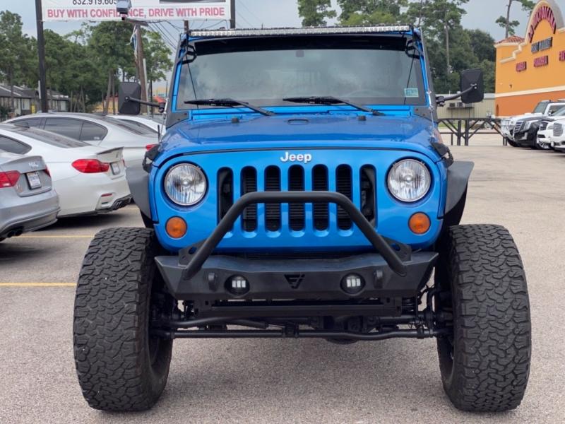 Jeep Wrangler Unlimited 2015 price $27,890