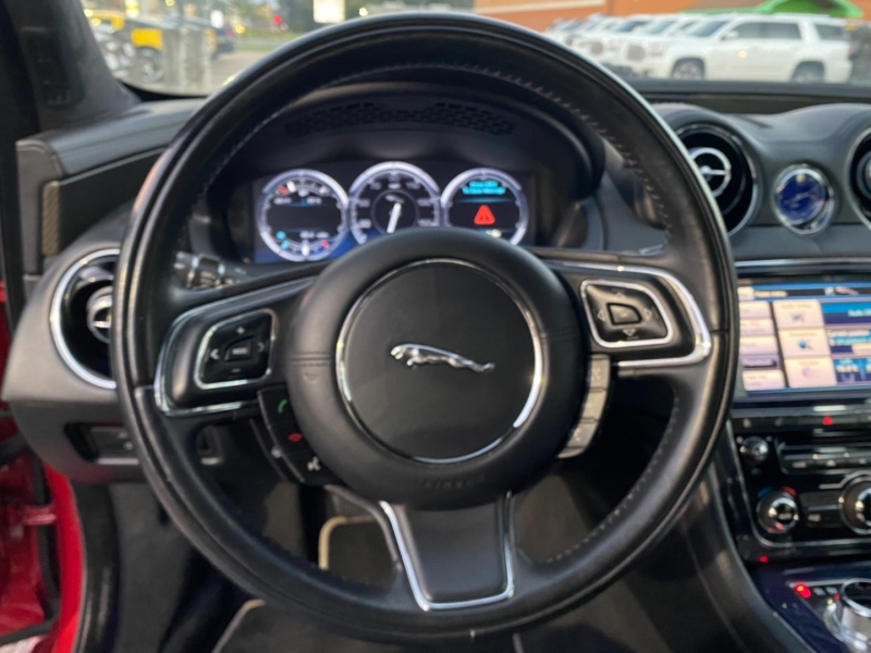 Jaguar XJ 2013 price $26,890