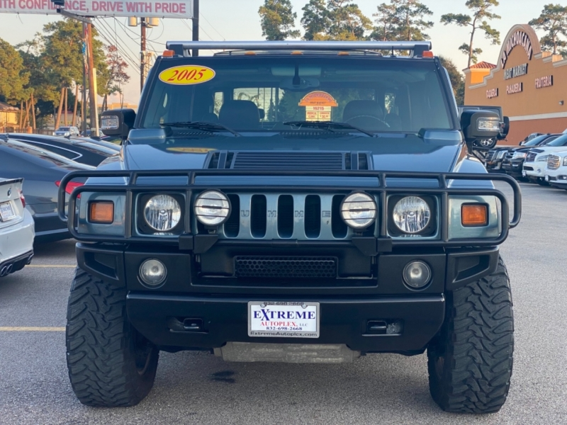Hummer H2 2005 price $26,890