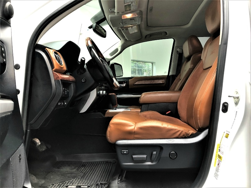 Toyota Tundra 4WD 2015 price $33,995