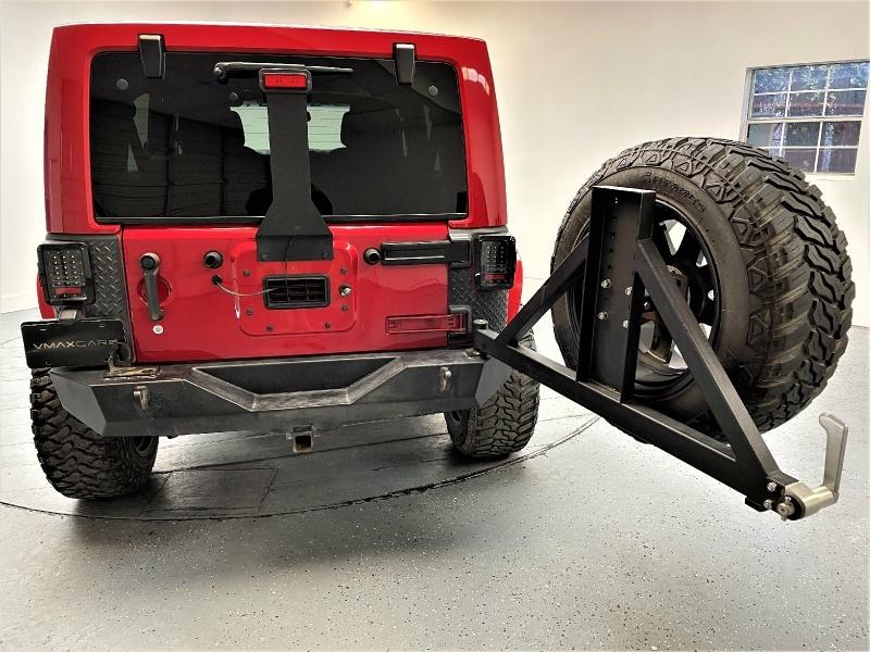 Jeep Wrangler Unlimited 2014 price $27,995