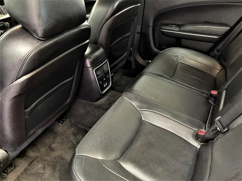 Chrysler 300 2015 price $16,495