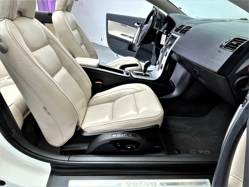 Volvo C70 2013 price $13,995