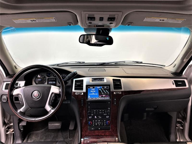 Cadillac Escalade ESV 2008 price $17,995