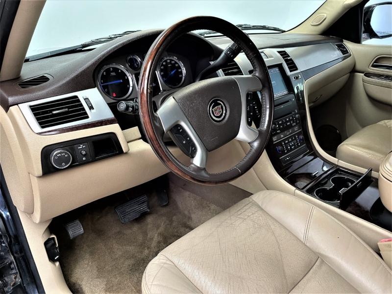 Cadillac Escalade 2010 price $16,495
