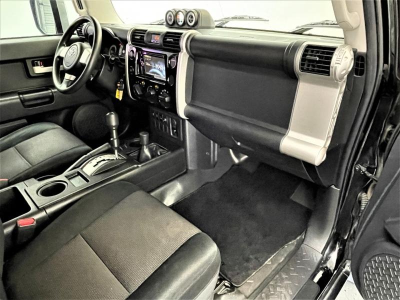 Toyota FJ Cruiser 2010 price $24,995