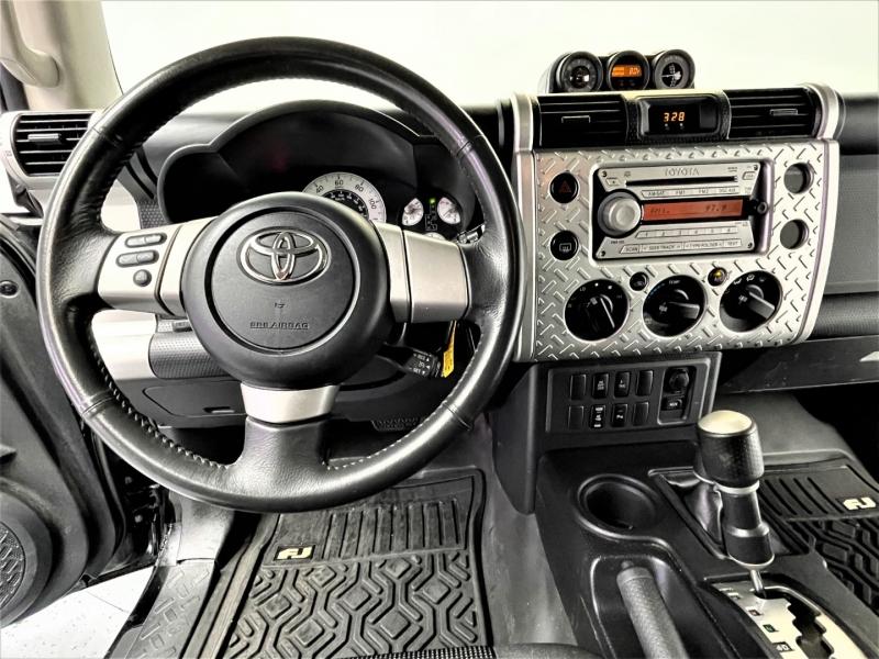 Toyota FJ Cruiser 2007 price $24,995