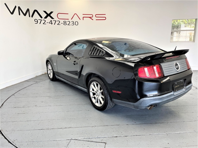 Ford Mustang 2010 price $19,995