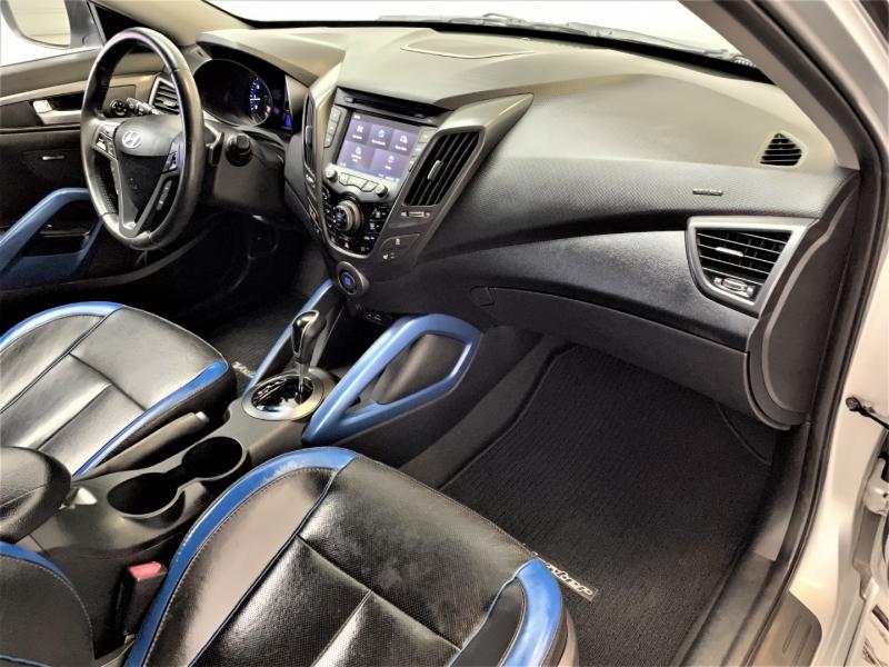 Hyundai Veloster 2013 price $16,995