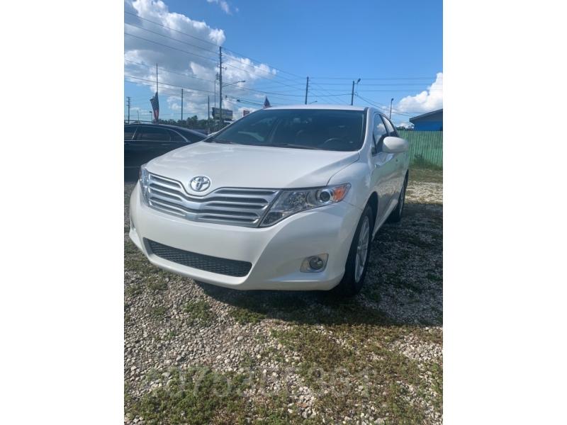 Toyota Venza 2012 price $11,400