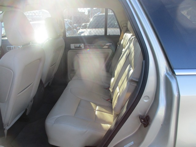 LINCOLN MKX 2010 price $13,995