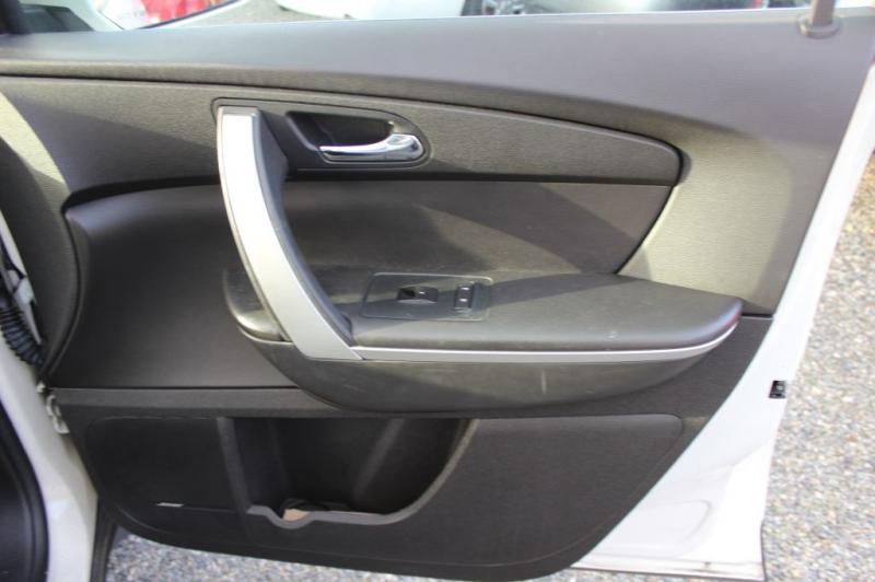 GMC ACADIA 2009 price $7,999