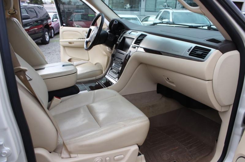 CADILLAC ESCALADE 2007 price $12,999