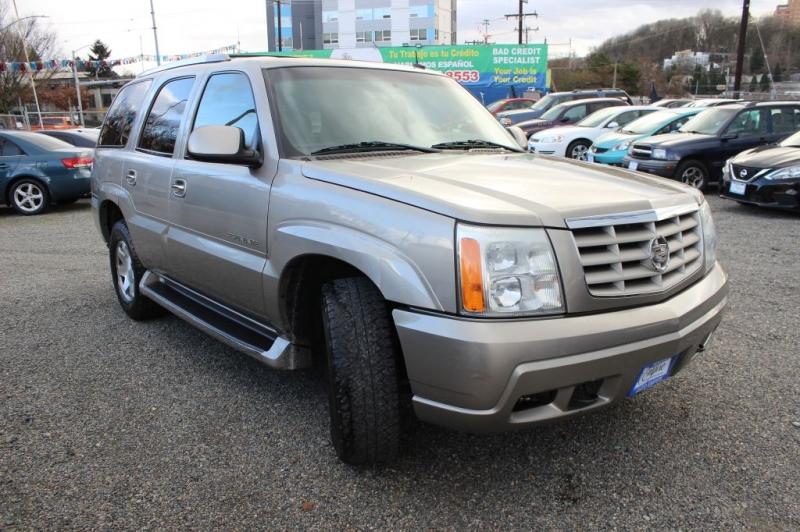 CADILLAC ESCALADE 2003 price $6,991
