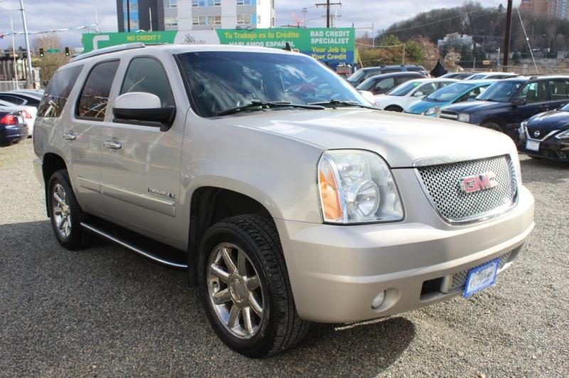 GMC YUKON 2009 price $15,971