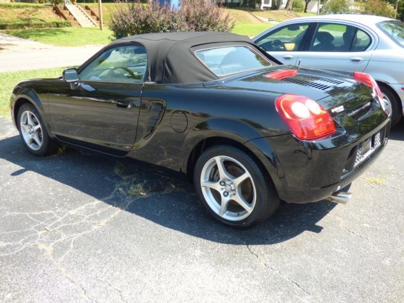 TOYOTA MR2 2004 price $6,000