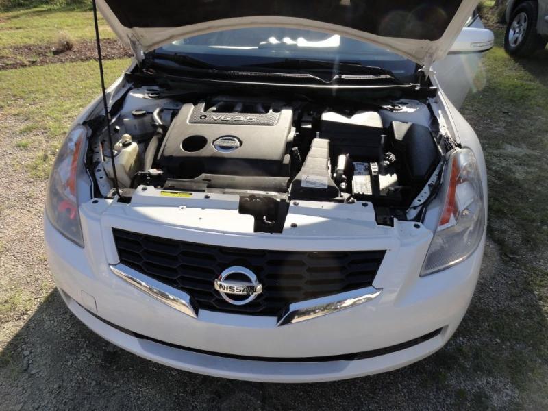 Nissan Altima 2008 price $6,895