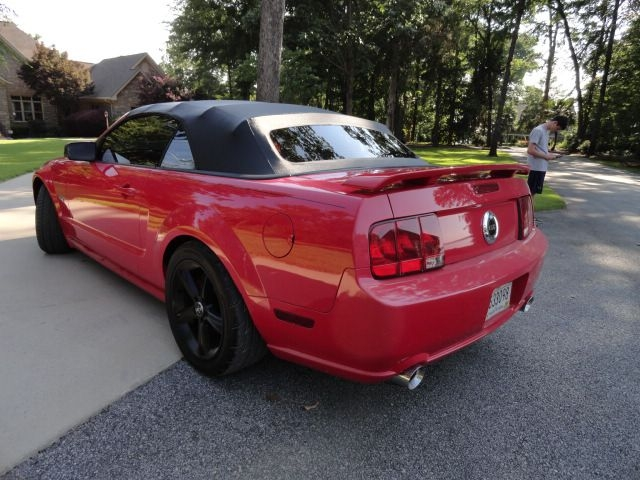 FORD MUSTANG GT 2006 price $9,495