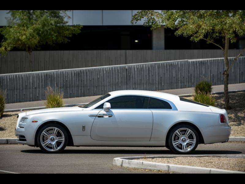 Rolls-Royce Wraith 2015 price $153,888