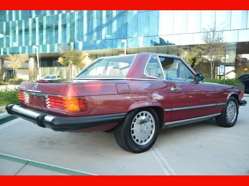 Mercedes-Benz 560 Series 1989 price $22,888