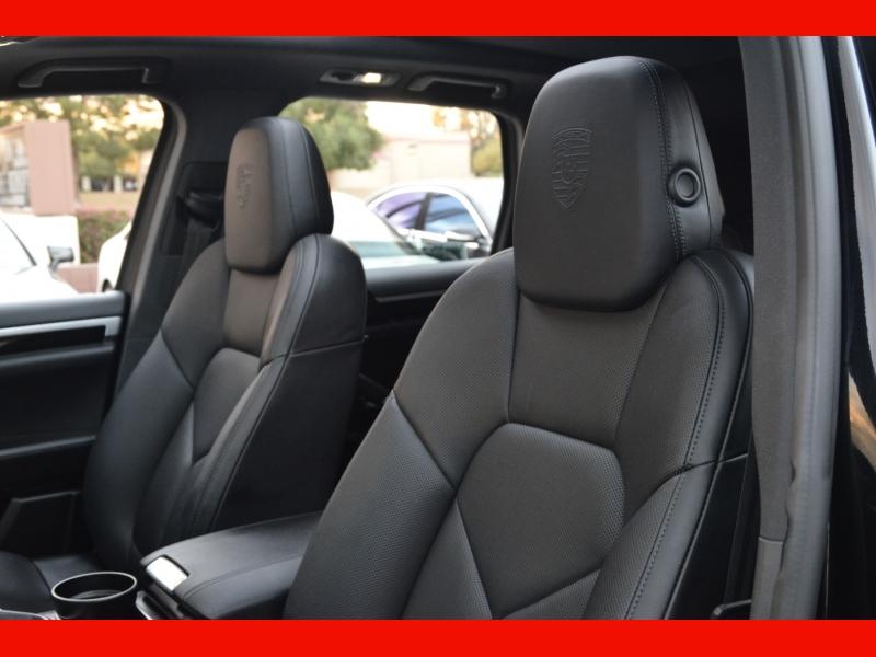 Porsche Cayenne 2017 price $57,500