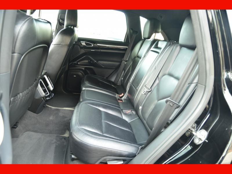 Porsche Cayenne 2014 price $24,888