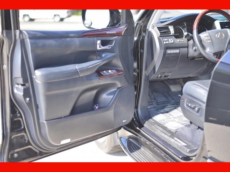 Lexus LX 570 2014 price $39,988