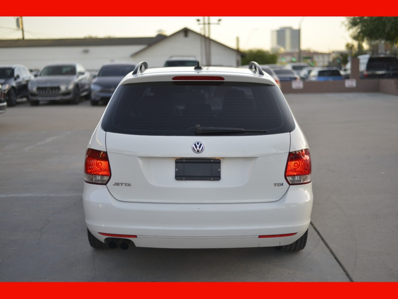 Volkswagen Jetta SportWagen 2013 price $14,988