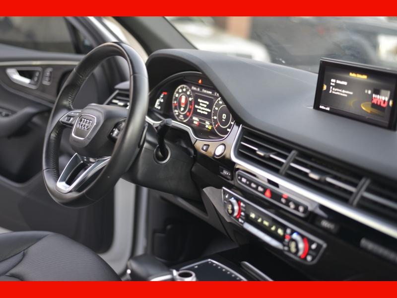 Audi Q7 2017 price $36,988