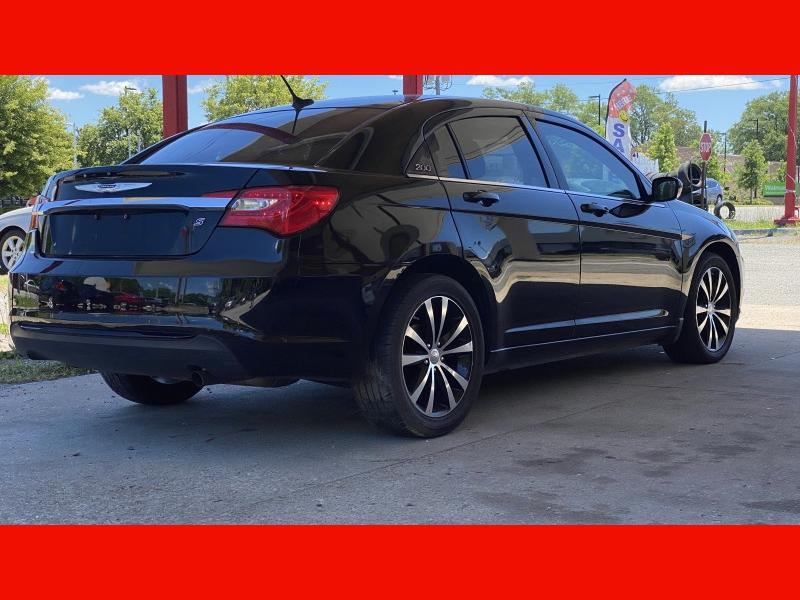 Chrysler 200 2014 price