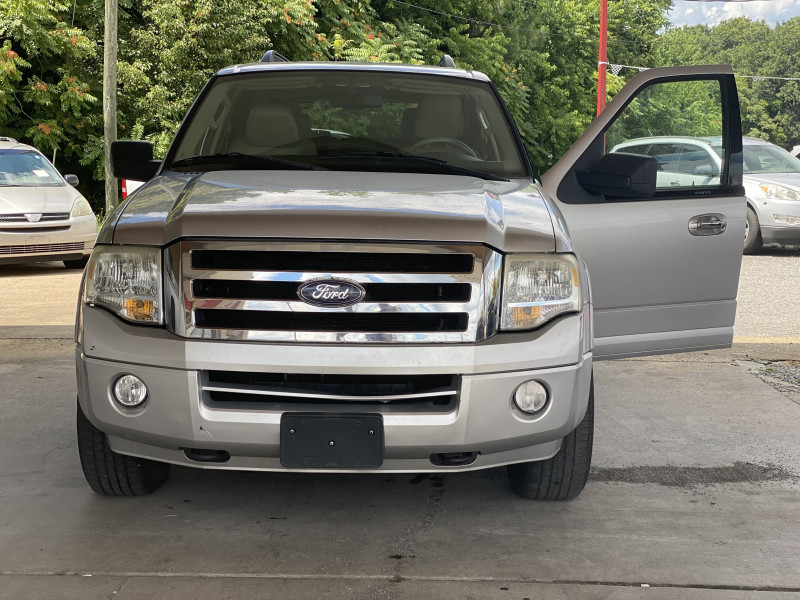 Ford Expedition EL 2010 price $0