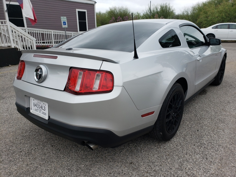 Ford Mustang 2011 price $10,477 Cash