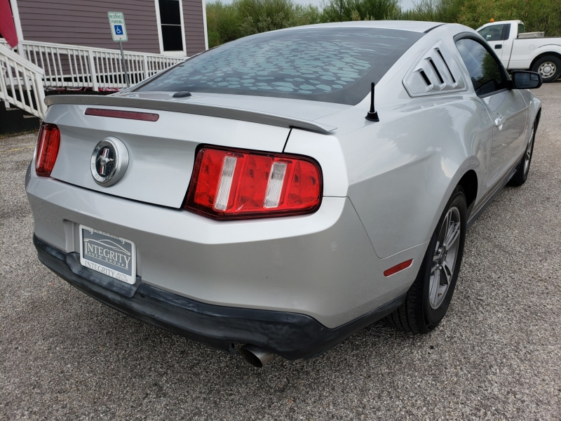 Ford Mustang 2011 price $11,477 Cash