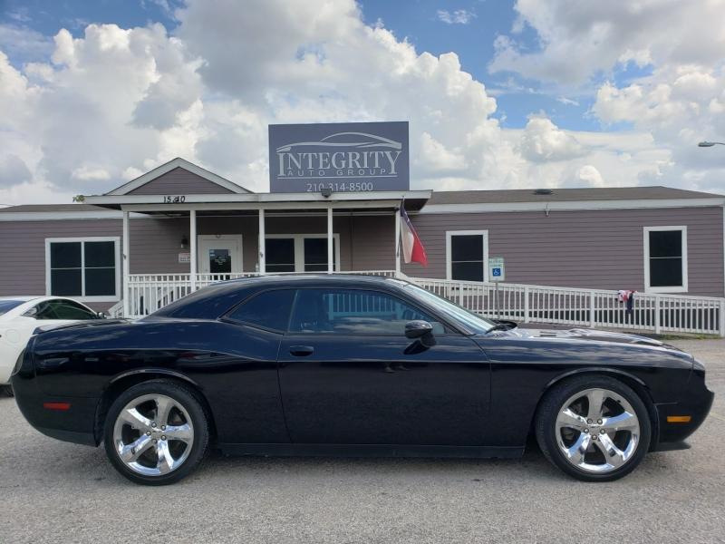 Dodge Challenger 2013 price $15,997 Cash