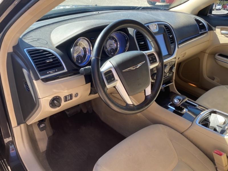 Chrysler 300 2012 price $9,977 Cash