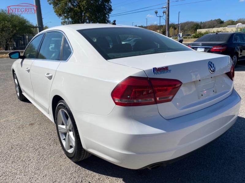 Volkswagen Passat 2013 price $9,477 Cash