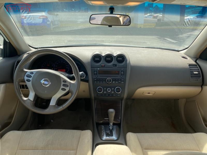 Nissan Altima 2010 price $6,477 Cash