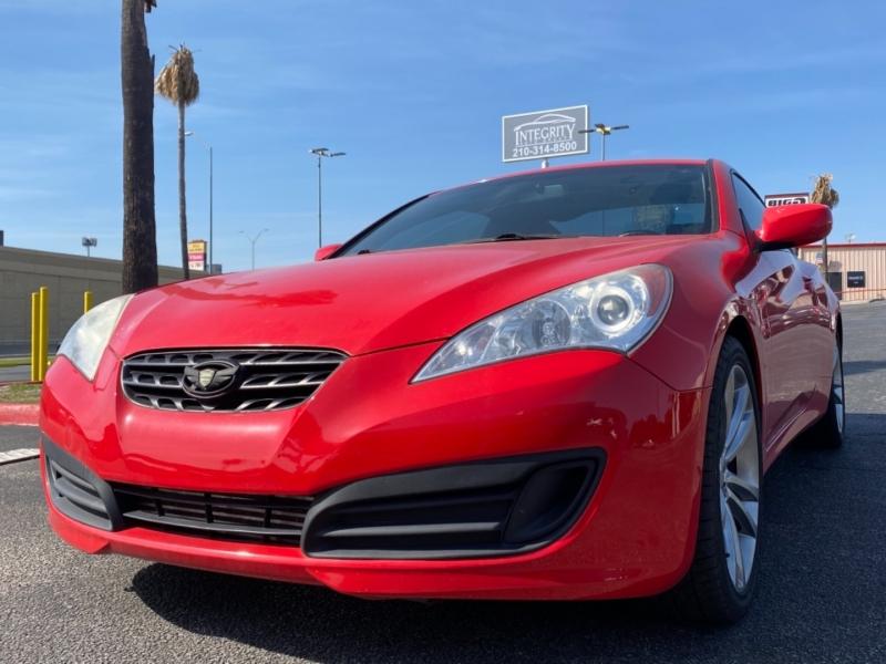 Hyundai Genesis Coupe 2012 price $11,477