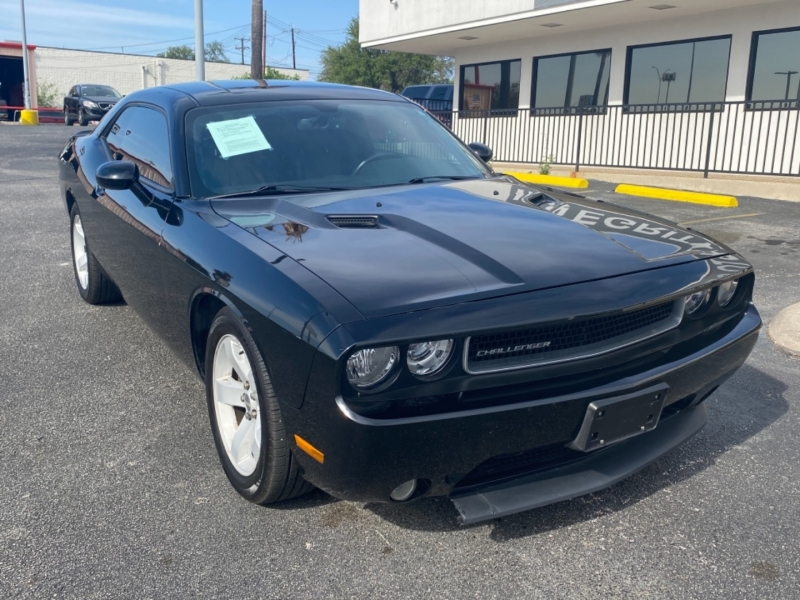 Dodge Challenger 2013 price $14,997