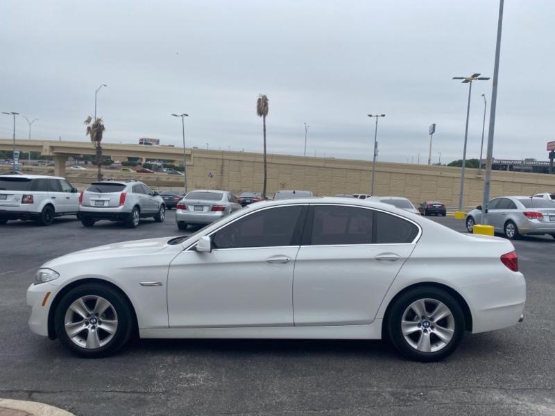 BMW 5-Series 2013 price $13,997