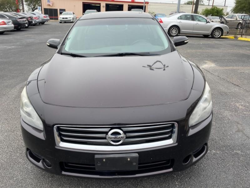 Nissan Maxima 2012 price $10,277