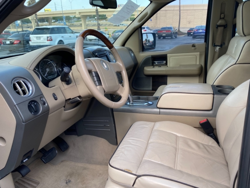 Lincoln Mark LT 2008 price $13,977