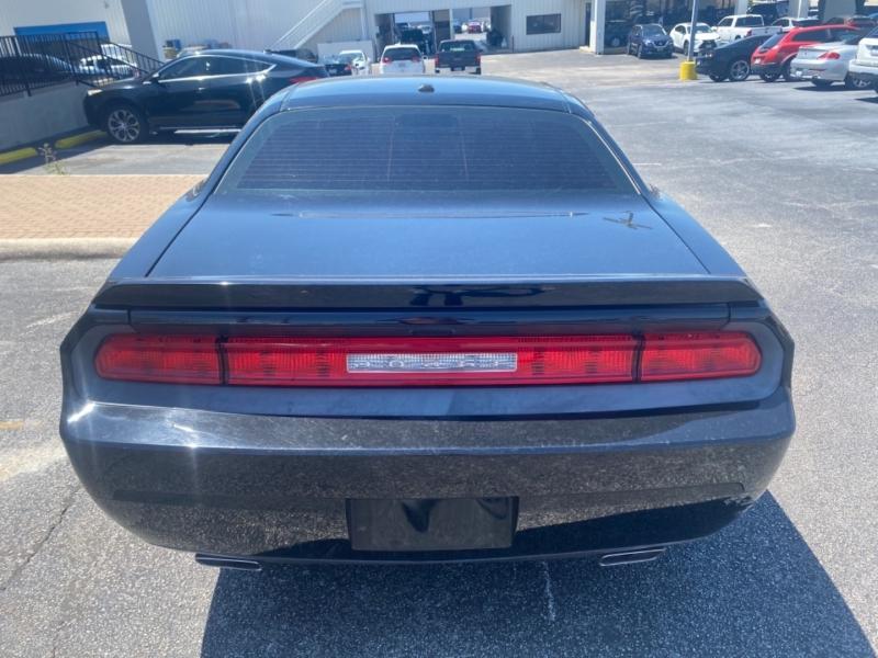 Dodge Challenger 2011 price $17,997