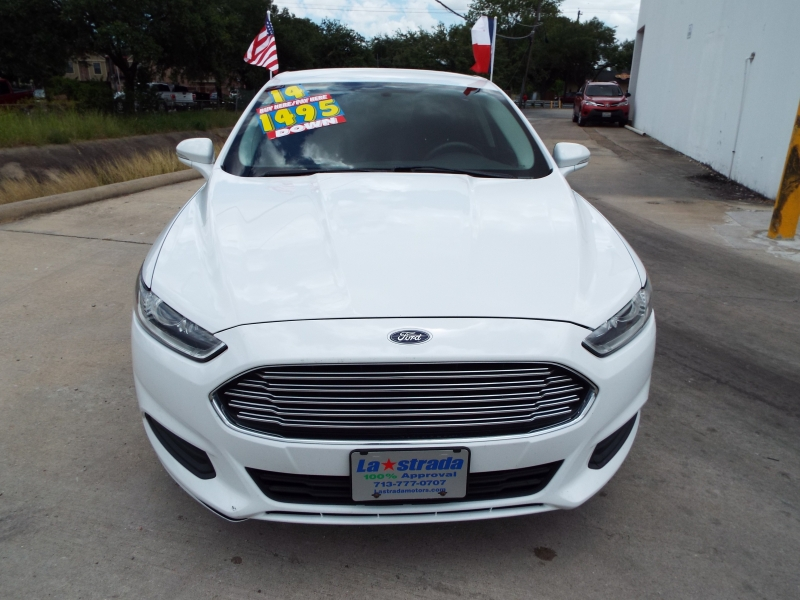 Ford Fusion 2014 price $995* DOWN