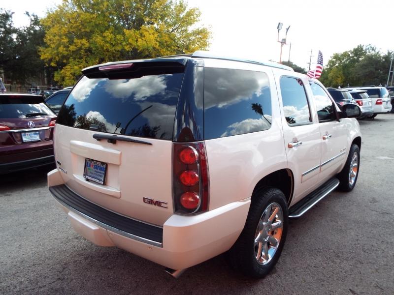 GMC Yukon 2012 price $2495* DOWN