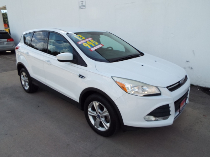 Ford Escape 2013 price $995* DOWN